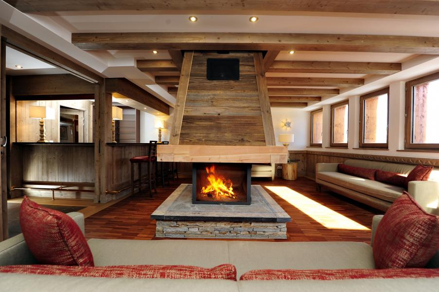Location au ski Residence Mmv Antares - Risoul - Cheminée