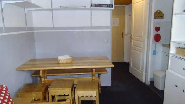 Location au ski Appartement 2 pièces coin montagne 6 personnes (48) - Residence Pegase - Risoul - Table