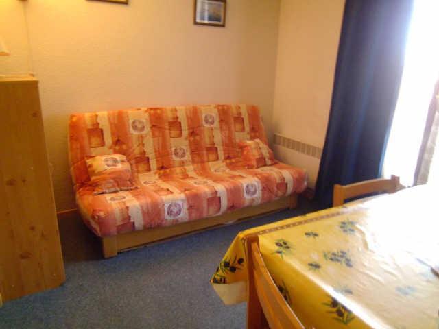 Location au ski Studio 2 personnes (333) - Residence Soldanelles - Risoul - Canapé