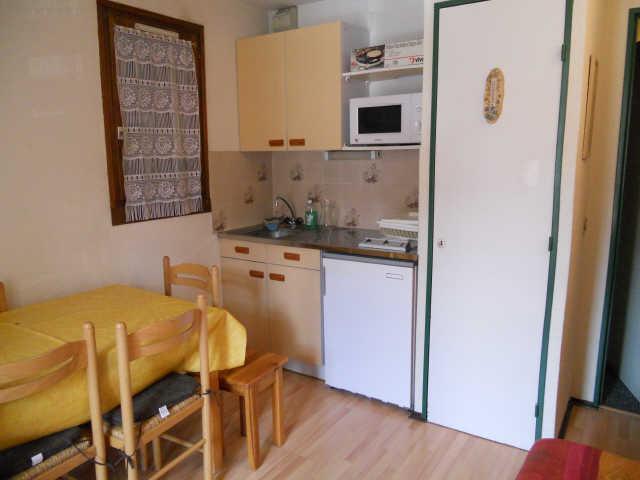 Location au ski Studio cabine 4 personnes (263) - Residence Soldanelles - Risoul - Kitchenette