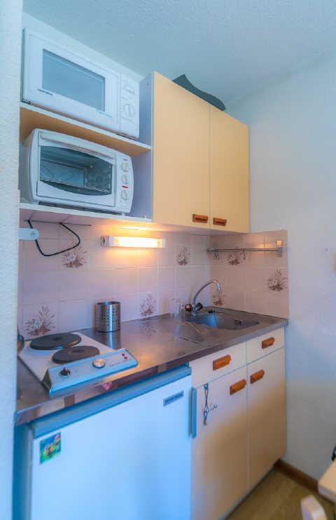 Location au ski Studio cabine 4 personnes (7) - Residence Soldanelles - Risoul - Canapé