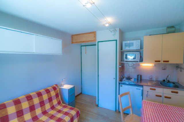 Location au ski Studio cabine 4 personnes (7) - Residence Soldanelles - Risoul - Salle de bains