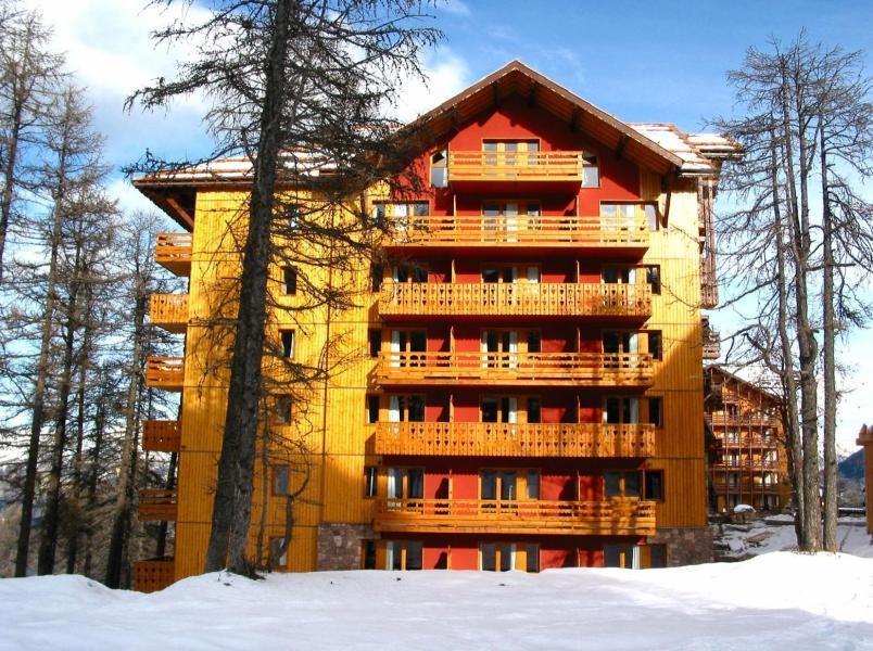 Location au ski Residence Vega - Risoul - Extérieur hiver