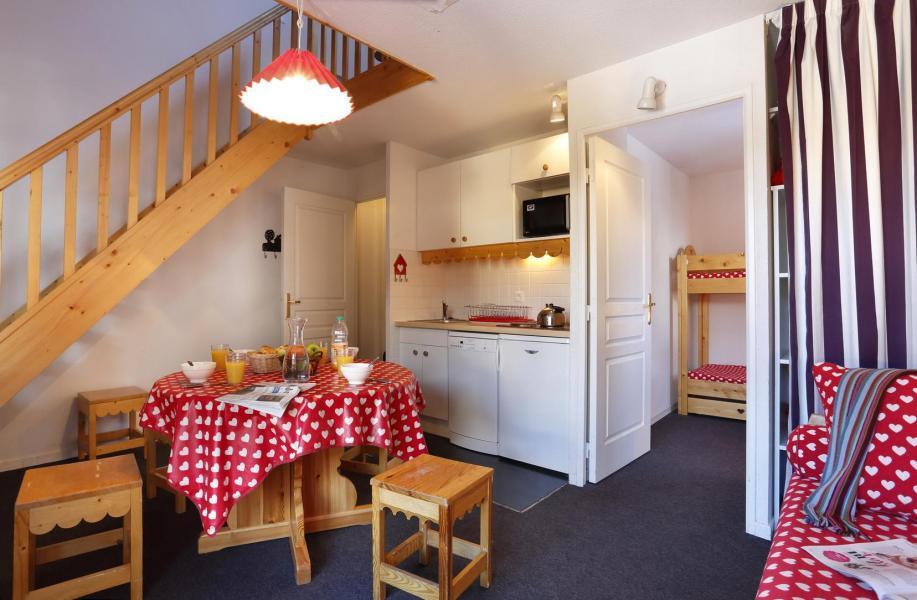 Location au ski Residence Vega - Risoul - Cuisine ouverte