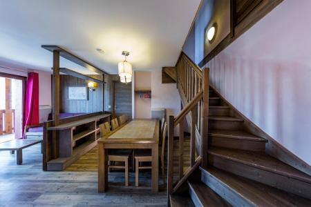 Rent in ski resort Résidence Deneb - Risoul - Table