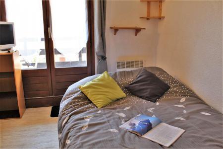 Rent in ski resort Studio sleeping corner 4 people (54) - Résidence Edelweiss A - Risoul