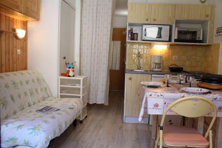 Аренда на лыжном курорте Квартира студия со спальней для 4 чел. (4B) - Résidence le Cristal B - Risoul