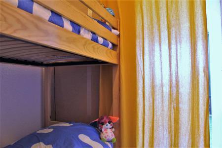 Rent in ski resort Studio sleeping corner 4 people (73C) - Résidence le Diamant - Risoul