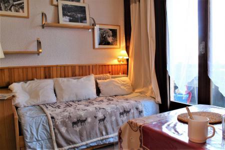 Rent in ski resort Studio cabin 4 people (17) - Résidence les Chabrières I - Risoul - Sofa-bed