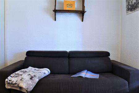 Rent in ski resort Studio sleeping corner 4 people (08I) - Résidence les Chabrières I - Risoul - Kitchenette