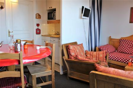 Rent in ski resort 3 room duplex apartment 6 people (73) - Résidence Pégase - Risoul - Table