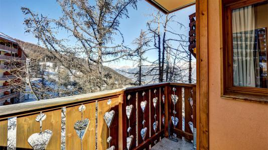 Rent in ski resort Résidence Véga - Risoul - Balcony