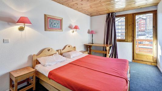 Rent in ski resort Résidence Véga - Risoul - Bedroom