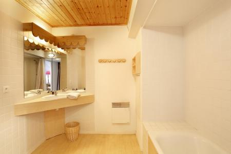 Location au ski Residence Vega - Risoul - Salle de bains
