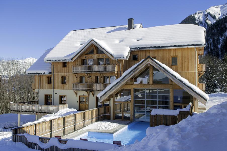 Аренда на лыжном курорте Résidence les Chalets de Belledonne - Saint Colomban des Villards - зимой под открытым небом