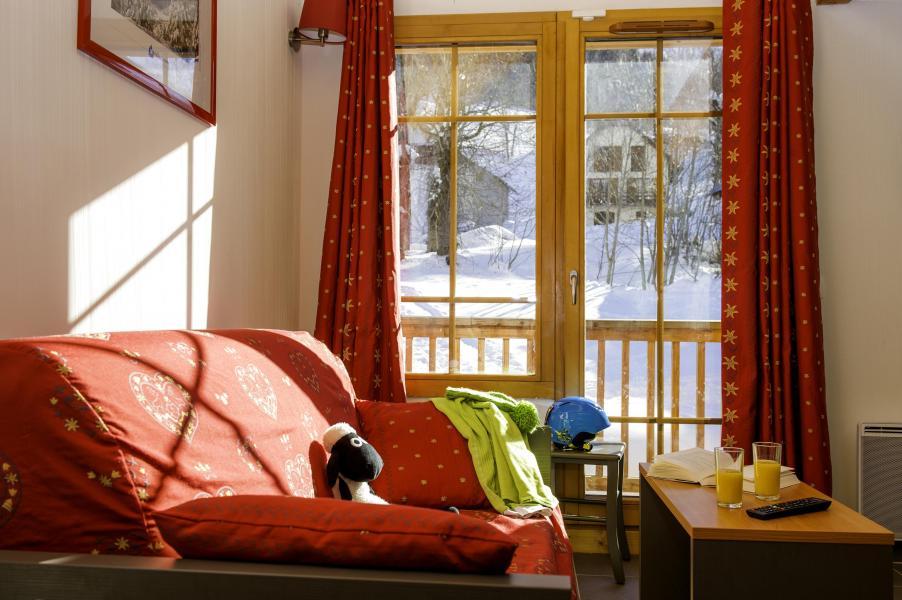 Location au ski Résidence les Chalets de Belledonne - Saint Colomban des Villards - Canapé