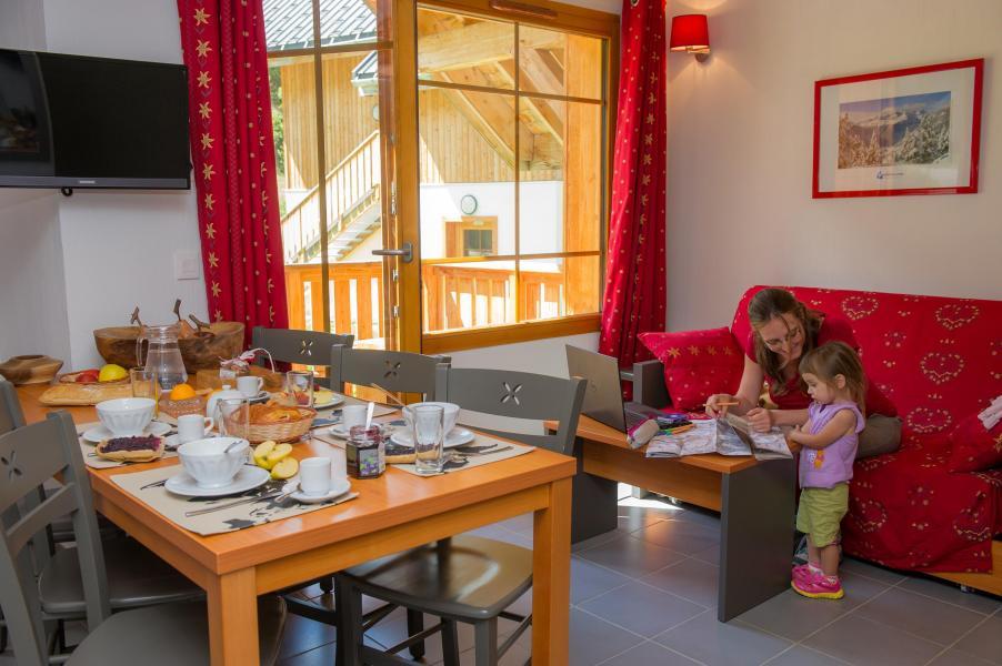 Location au ski Résidence les Chalets de Belledonne - Saint Colomban des Villards - Séjour