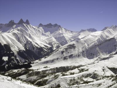 Location au ski Domaine la Perrière - Saint Colomban des Villards - Extérieur hiver