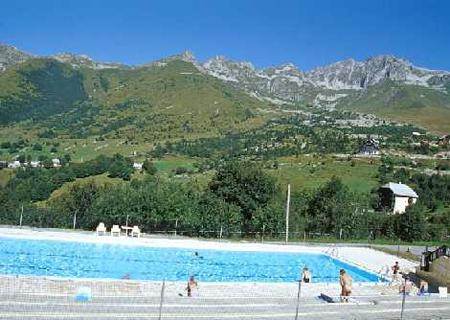 Location au ski Residence Le Hameau De Saint Francois - Saint-François Longchamp - Piscine