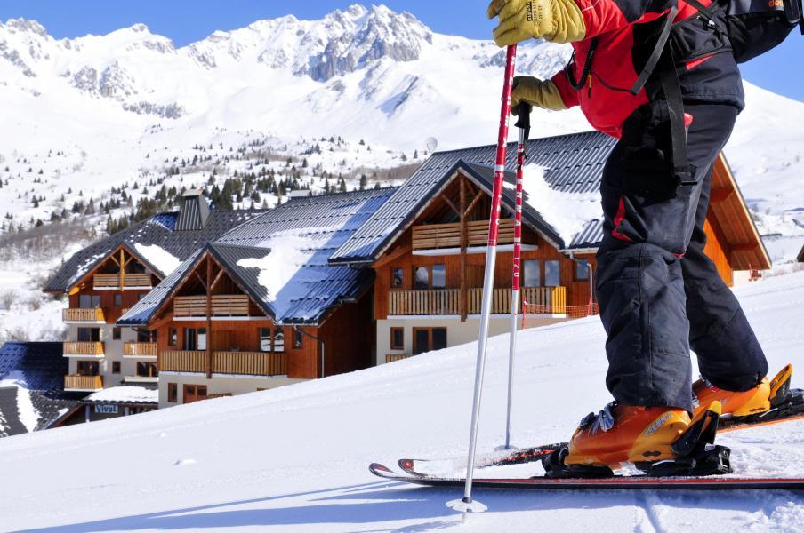 Location au ski Résidence le Rond Point des Pistes - Saint-François Longchamp - Extérieur hiver