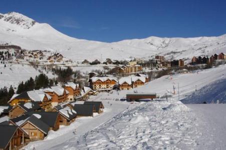 Location au ski Le Village Gaulois - Saint-François Longchamp - Extérieur hiver