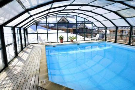 Location au ski Le Village Gaulois - Saint-François Longchamp - Piscine