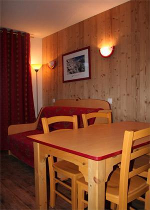 Location au ski Appartement 2 pièces 4 personnes - Residence Les 4 Vallees - Saint-François Longchamp - Coin repas