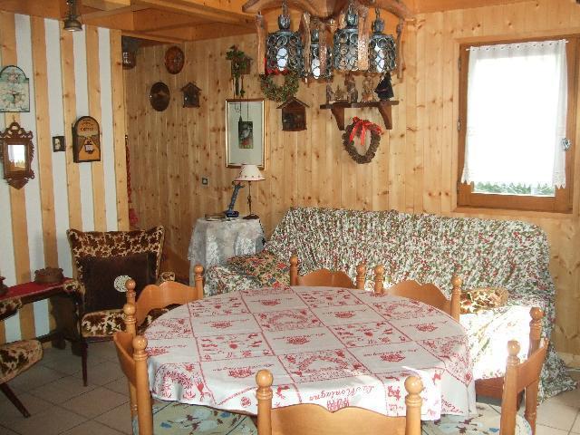 Location au ski Chalet triplex 4 pièces 6 personnes - Chalet Ribaldone - Saint Gervais - Table