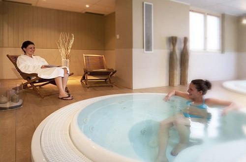 Location au ski Hotel Club Mmv Monte Bianco - Saint Gervais - Jacuzzi