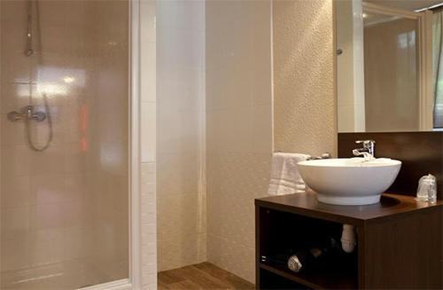 Location au ski Hotel Club Mmv Monte Bianco - Saint Gervais - Salle d'eau