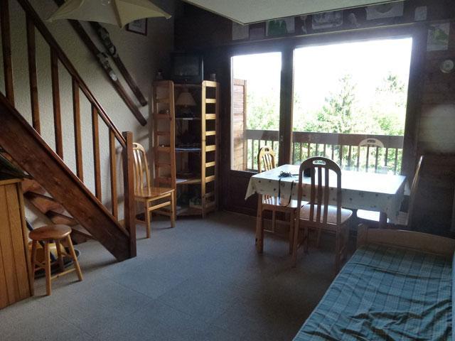 Location au ski Studio mezzanine 6 personnes (17) - Residence Le Taguy - Saint Gervais - Porte-fenêtre donnant sur balcon