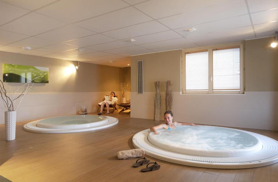 Location au ski Hôtel Club MMV Monte Bianco - Saint Gervais - Bain à remous