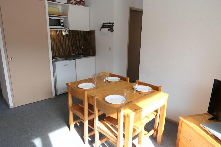 Rent in ski resort Studio cabin 4 people (75) - Résidence le Saphir - Saint Gervais