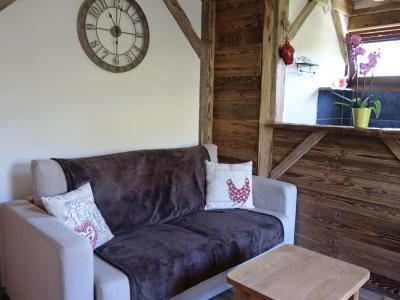 Rent in ski resort 1 room apartment 4 people (2) - Castel des Roches - Saint Gervais - Settee