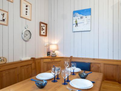Rent in ski resort 1 room apartment 4 people (3) - Castel des Roches - Saint Gervais - Apartment