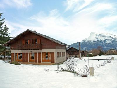 Rent in ski resort 5 room chalet 12 people (1) - Mendiaux - Saint Gervais - Winter outside