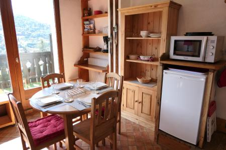 Rent in ski resort Studio sleeping corner 5 people (R08) - Résidence Alpenrose - Saint Gervais - Apartment