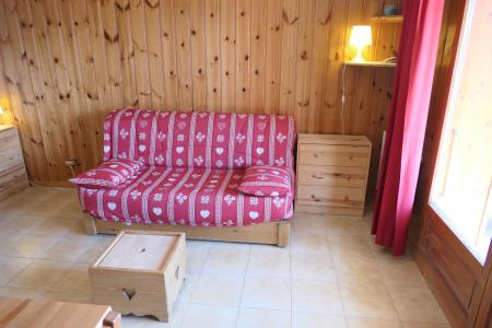 Rent in ski resort Studio sleeping corner 4 people (B25) - Résidence la Pointe des Aravis - Saint Gervais