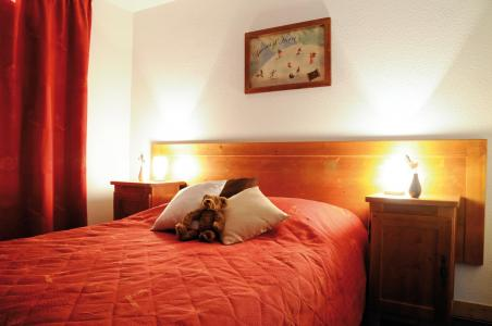 Rent in ski resort Résidence Lagrange les Arolles - Saint Gervais - Bedroom