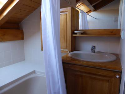 Rent in ski resort 3 room apartment sleeping corner 8 people (105) - Résidence les Jardins Alpins - Saint Gervais - Bath-tub