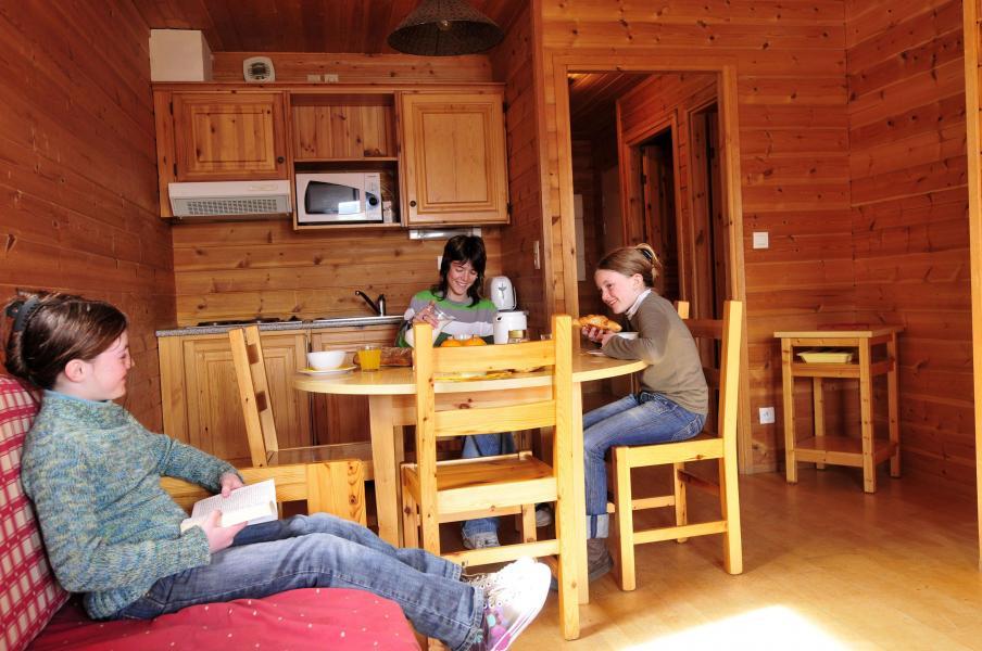 Location au ski Chalets les Marmottes - Saint Jean d'Arves - Coin repas