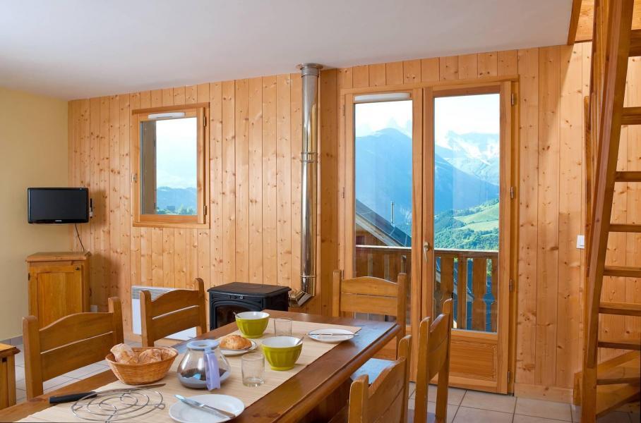 Location au ski Les Chalets de la Fontaine - Saint Jean d'Arves - Coin repas