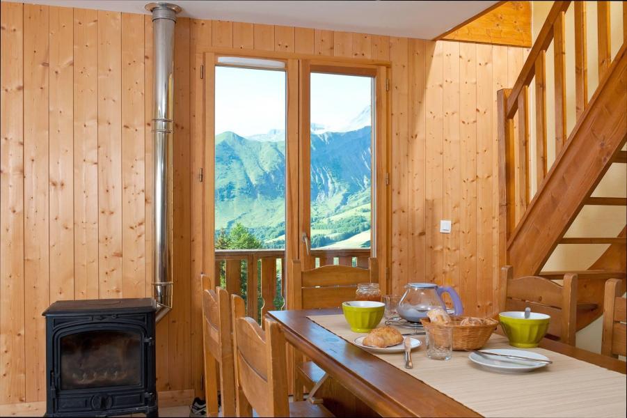 Аренда на лыжном курорте Les Chalets de la Fontaine - Saint Jean d'Arves - Дровяная печь