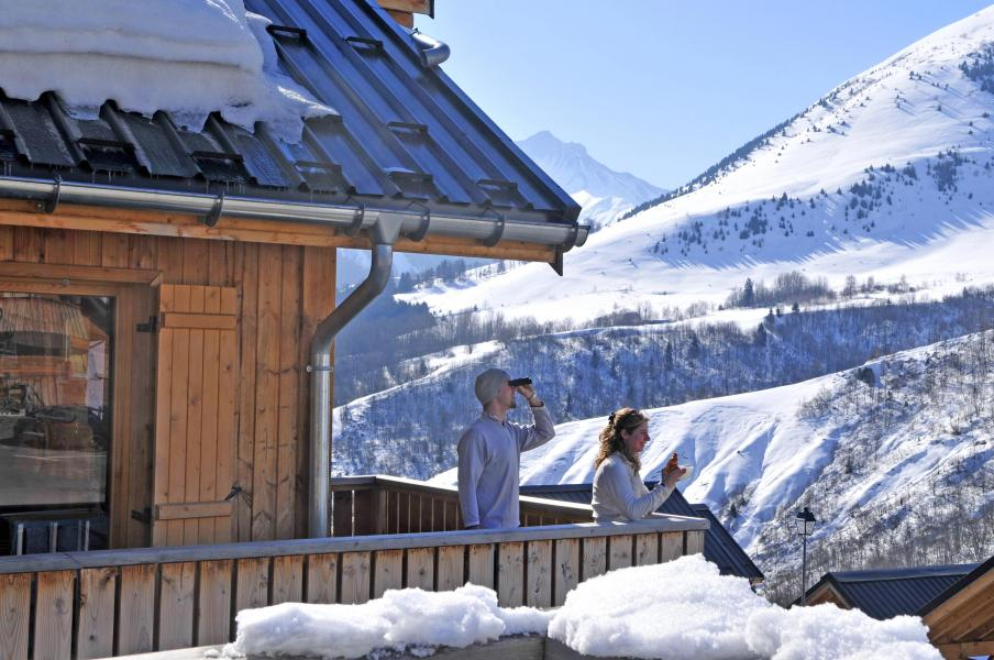 Rent in ski resort Les Chalets des Ecourts - Saint Jean d'Arves - Winter outside
