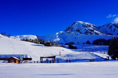 Vacances en montagne Chalets les Marmottes - Saint Jean d'Arves - Extérieur hiver