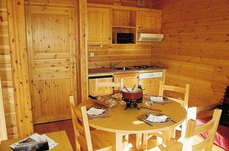 Location au ski Studio cabine 4 personnes - Chalets Les Marmottes - Saint Jean d'Arves - Coin repas