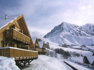 Accommodation with swmimming pool Les Chalets De La Fontaine