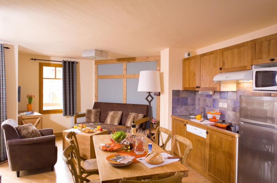 Alquiler al esquí Résidence Cami Real - Saint Lary Soulan - Cocina abierta