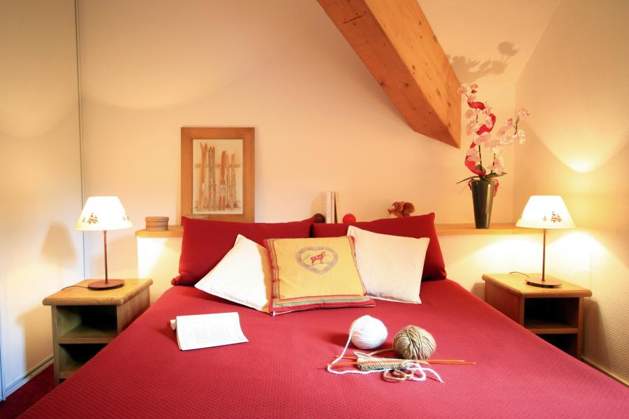 Location au ski Résidence Lagrange l'Ardoisière - Saint Lary Soulan - Chambre mansardée