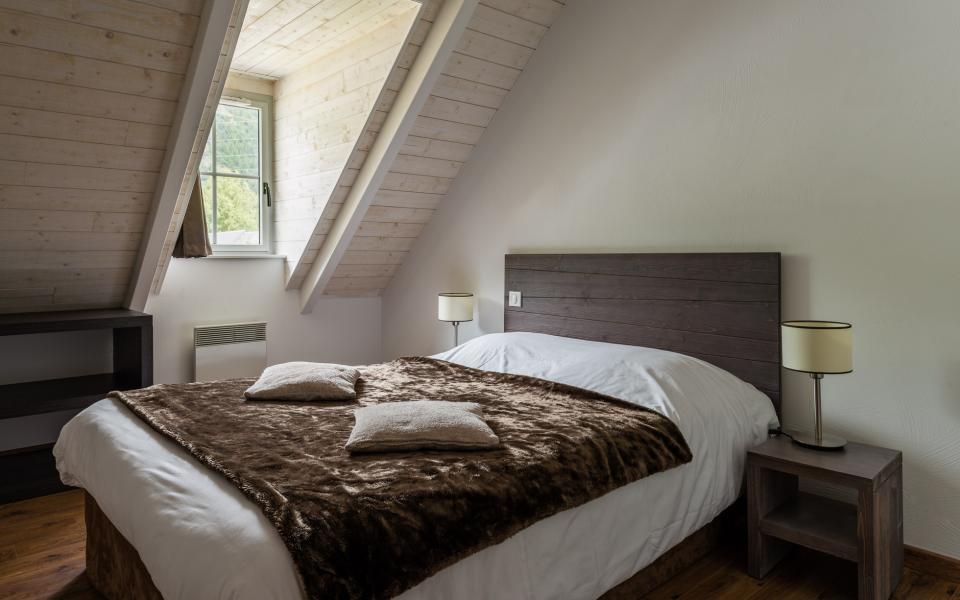 Location au ski Résidence Lagrange le Clos Saint Hilaire - Saint Lary Soulan - Chambre mansardée